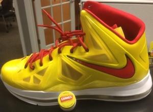 Nike-LeBron-X-CARMEX-1