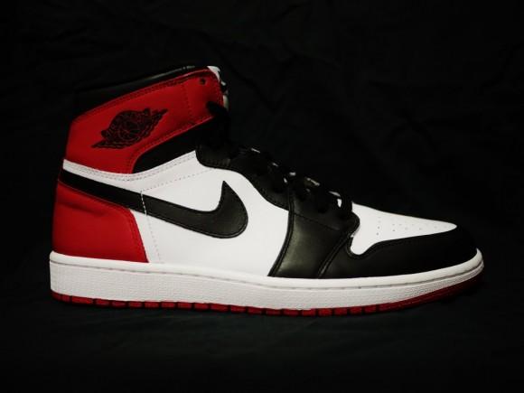 Air-Jordan-1-High-02