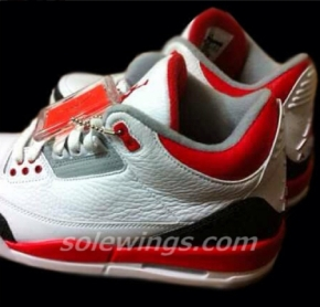 Air Jordan III – Fire Red 2013
