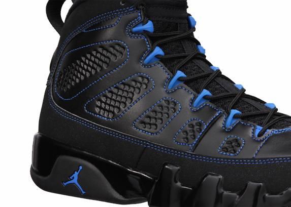 Air-Jordan-9-Black-Bottom-03