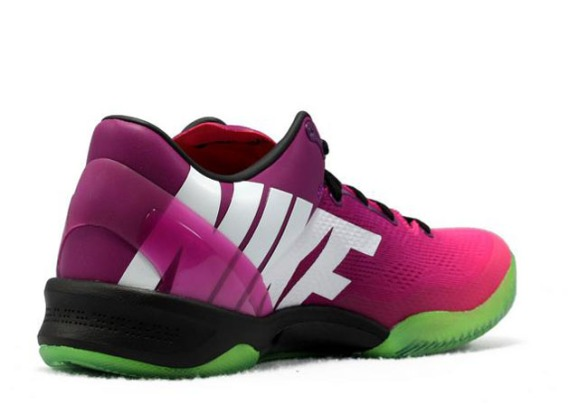 Nike-Kobe-mambacurial-05