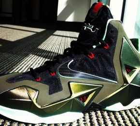 Nike LeBron XI – Official