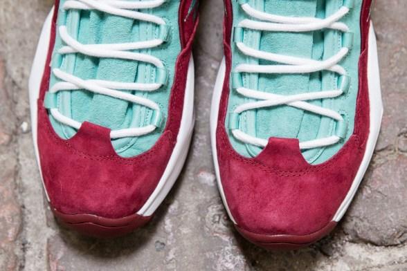 sneakersnstuff-reebok-question-mid-red-aqua-2