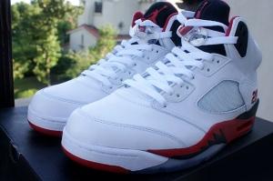 Jordan V fire-red