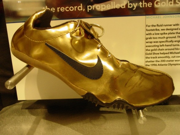 Golden_shoes_Michael_Johnson