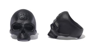 mastermind Japan x Stussy Skull Ring - Photo: mastermind Japan