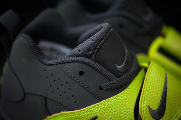 Nike-Air-Veer-Volt-03