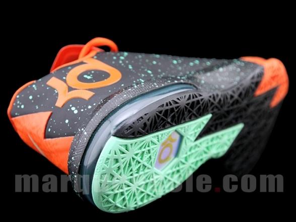 nike-kd-vi-splatter-6