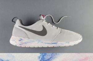 NIKE-ROSHE-RUN-QS-MARBLE-PACK-1